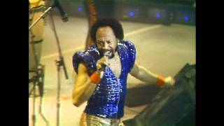 "Earth, Wind & Fire Live  1981 "" Let"