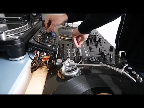 Tech House Mix 100% vinyl using Pioneer DJM-700 and RMX-500