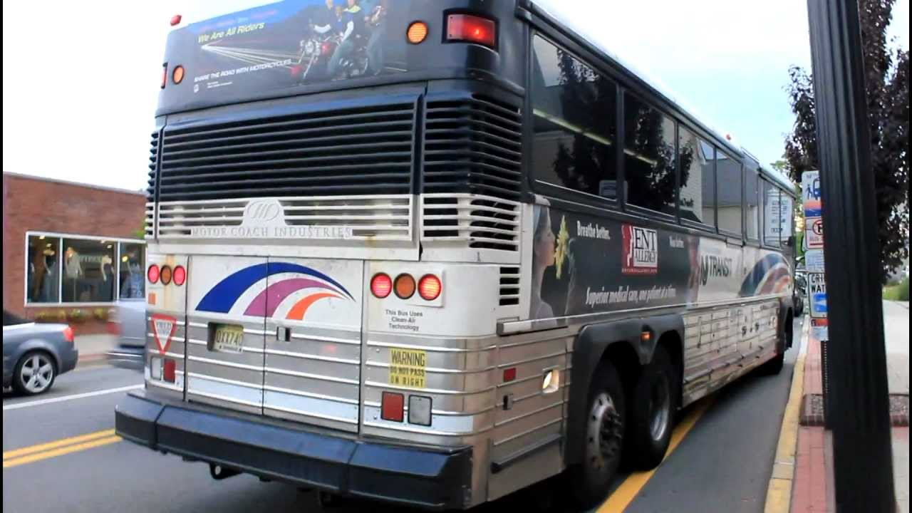 new jersey transit bus action at ridgewood ave maple ave youtube. Black Bedroom Furniture Sets. Home Design Ideas
