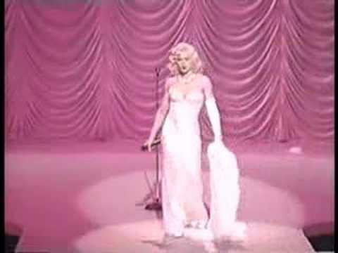 Madonna - Santa Baby