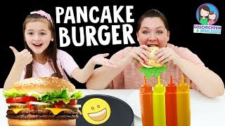 PANCAKE ART CHALLENGE - Pfannkuchen Burger selber machen 🍔   Geschichten und Spielzeug