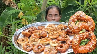 How To Cooking Fried Sticky rice Recipe -  Eating Donut With My Son Delicious - Village Food Factory