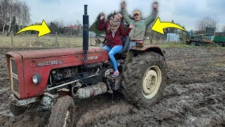 Jazda Ursusem PO BŁOCIE!  ☆Narzeczona i Bartek Kierują Traktorem