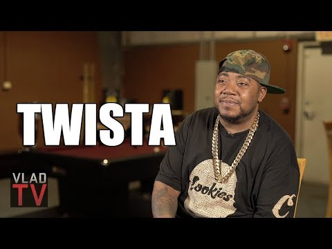 Twista Demonstrates His Guinness Book of World Records Fastest Rap (Part 1)