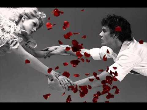 текст песени у любви села батарейка. Лолита и Максим Аверин - у любви у нашей села батарейка слушать онлайн трек