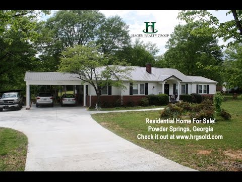 Residential Home W/ 2 Rental Homes For Sale!