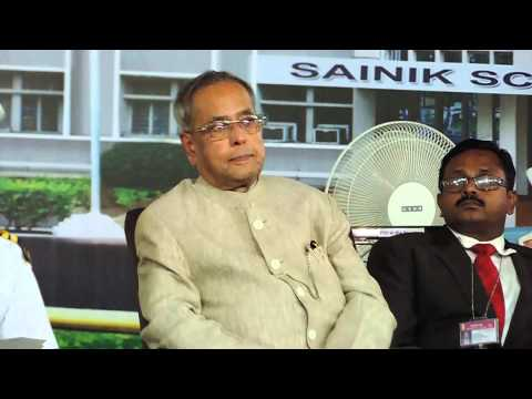 Sainik School Bijapur -GJ, Shri Hansraj Bhardwaj addressing students & staff