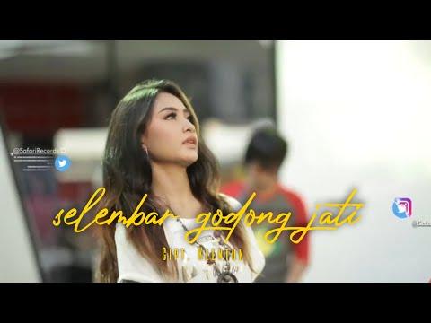 Denik Armila - Selembar Godong Jati [Official Video]