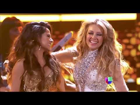 Thalia Ft. Becky G – Como Tu No Hay Dos – Live From Premio Lo Nuestro 2015