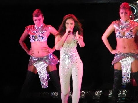 SARAH GERONIMO in Adelaide [EXCLUSIVE] #SEXY