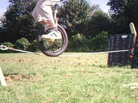how to ride a unicycle for beginners video