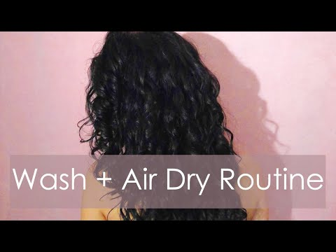 WASH & STYLE: Curly Latina Hair