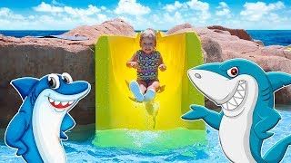 Varvara Play with Water Park Slides and finds Toys