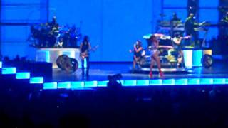 rihanna shut up and drive live in greensboro nc 07 16 2011
