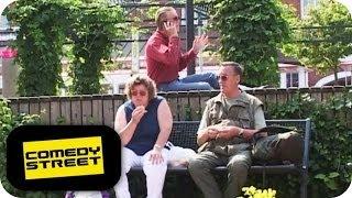 Fahrradtour | Flitzerin | Fluchtwagen - Comedystreet mit Simon Gosejohann