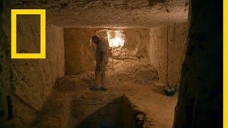 كنوز مصر المفقودة: غزاة القبور | ناشونال جيوغرافيك أبوظبي