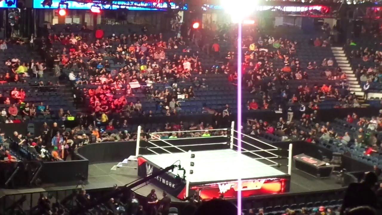 Wwe Raw Live Vlog Allstate Arena An Houre Before Raw