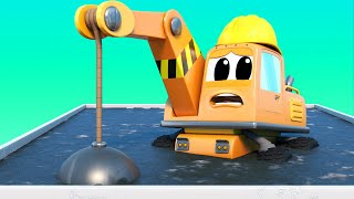 Truck videos for kids -  The DEMOLITION CRANE gets STUCK in CONCRETE and there is a FIRE - Car city