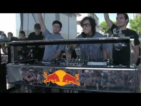 3BALL MTY - THESE DUDES ARE AWESOME @ MAD DECENT BLOCK PARTY LA 2012 - 8.25.2012