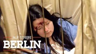 Hotel-Drama: Zimmermädchen zusammengeschlagen aufgefunden | Auf Streife - Berlin | SAT.1 TV