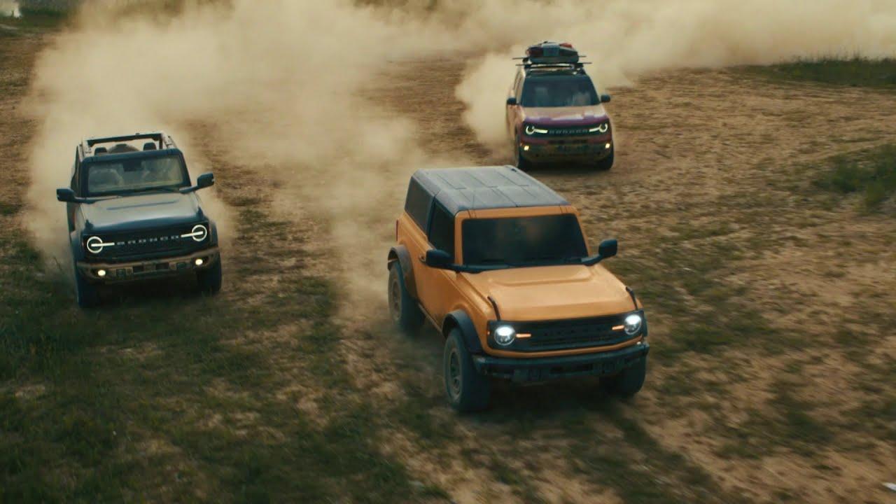 2021 Ford Bronco two door and four door Running Footage ...