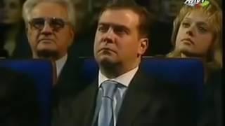 """Haci Soltan Alizade İlham Əliyev və Putin """"Qarabağ Şikəstəsini"""" dinləyir"""