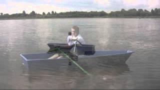 Гребная лодка Малютка из стеклопластика(, 2014-11-11T08:21:10.000Z)