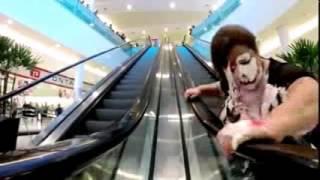 Don't laugh (silent video)