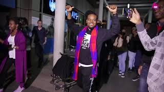 Travis Greene in Kenya dancing Bazokizo and  Odi dance