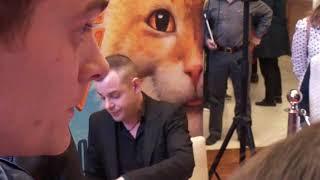 Автограф сессия актера Сергея Чиркова в РнД. премьера фильма Домовой