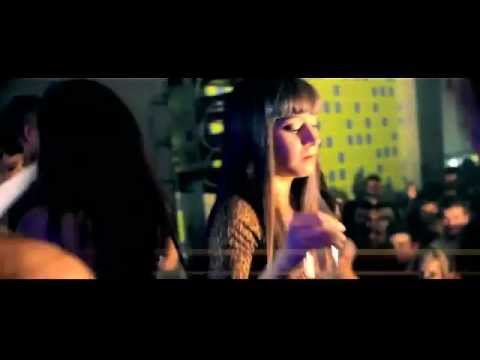 Cristian Deluxe - Solo quiere bailar ft Javier Declara & Borja Rubio