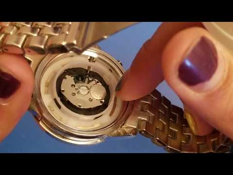 How To Replace The Battery On A Michael Kors Watch