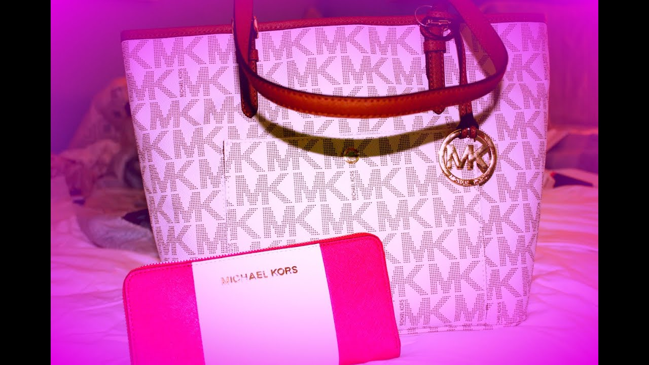 What S In My Vanilla Michael Kors Purse Hot Pink Wallet You