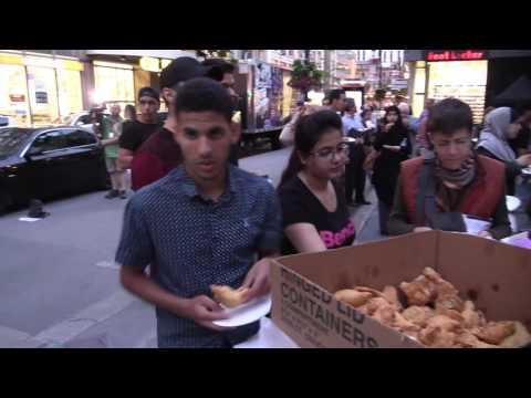 Muslims break Ramadan fast in Montreal