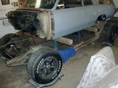 Pulling Body Off Of Frame 1966 Beaumont Chevelle Youtube