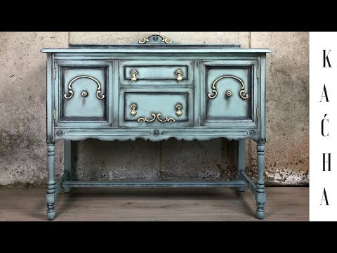 DIY Furniture Buffet Makeover / Annie Sloan Chalk Paint