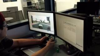 Test  #1 amusant de multi-joueurs de programmation réseau DGRacing  (vidéo fait par un téléphone)