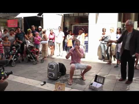 Dave Crowe - Beat Boxing in Marseille,France.mp4