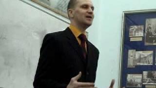 Английский в Киеве: Alexander: My Youth Time & Sale of Crayfish in Ukraine(Английский в Киеве: Toastmaster Alexander: My Youth Time & Sale of Crayfish in Ukraine (Ice-Breaking Speech). LINK = http://youtu.be/5zDl72PQBDg Meeting ..., 2011-04-17T19:29:33.000Z)