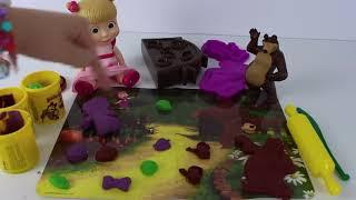 マシャとクマをモデル化しているクレイプレイドーは、