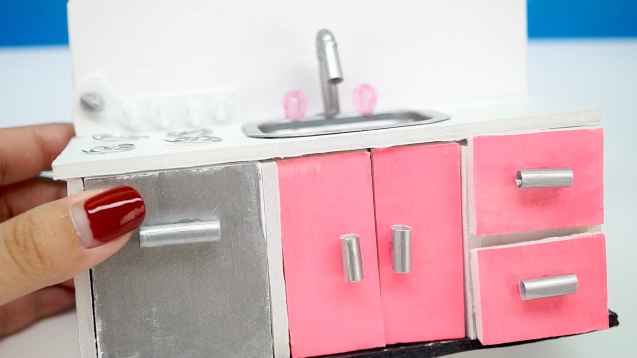 diy miniature dollhouse kitchen with stove oven and more really works - Dollhouse Kitchen