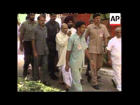 Former PM dies at 83
