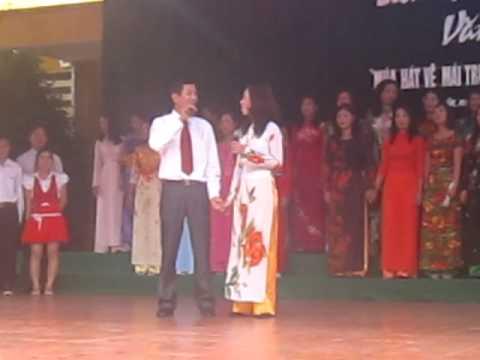 Tự hào là nhà giáo Việt Nam-tập thể giáo viên  trường THCS Vạn SƠn