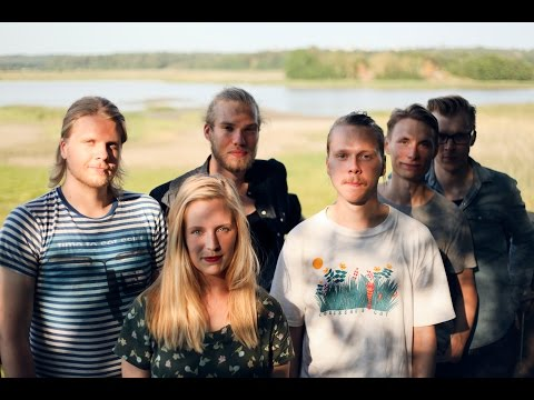 Tilhet, pajut ja muut - Puuhevonen (Official video)