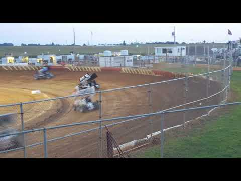 Trail Way Speedway 410 Sprint Car Heat Race August 2017