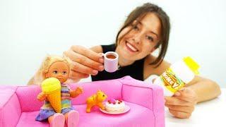 Делаем чай с лимоном для Штеффи и Пушистика - Мультики с куклами
