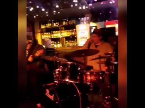 ORANGE CLOUDSCONTINENTINOSamba Groove Trio-Kiko ContinentinoRogerio Dy Castro e Victor Bertrami