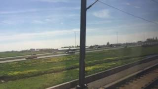 В скором поезде Амстердам-Роттердам