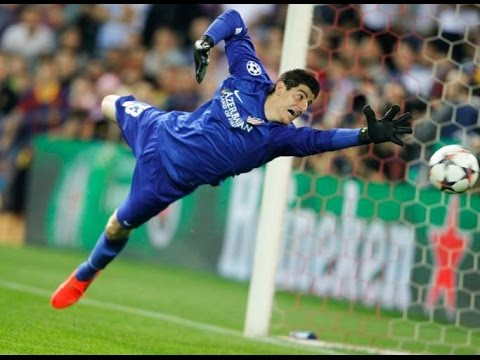 Petr Cech VS. Thibaut Courtois Who Will Be Number One Best Saves- Ai hơn ai