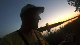 Рыбалка на карася с берега зарыбляем городское озеро